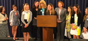 West End Secondary  School Students Support a Bill to  Help Oysters Thrive and Clean Up New York Harbor